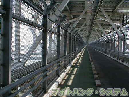 しまなみ海道をゆく 03「因島大橋の下を歩く」