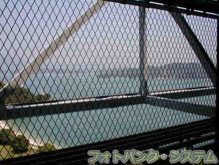 しまなみ海道をゆく 04「因島大橋の下を歩く」