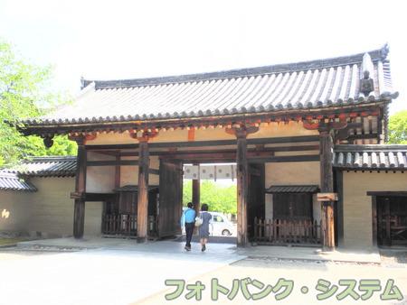 法隆寺:東大門