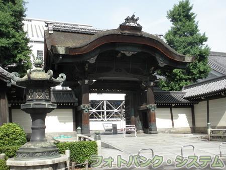 東本願寺:阿弥陀堂門