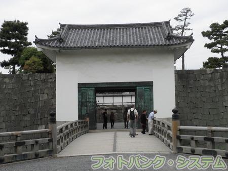 二条城:本丸櫓門