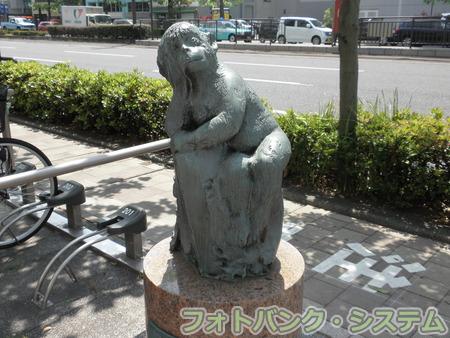 岡山―桃太郎大通り・猿像