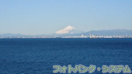 うみほたるから横浜遠景